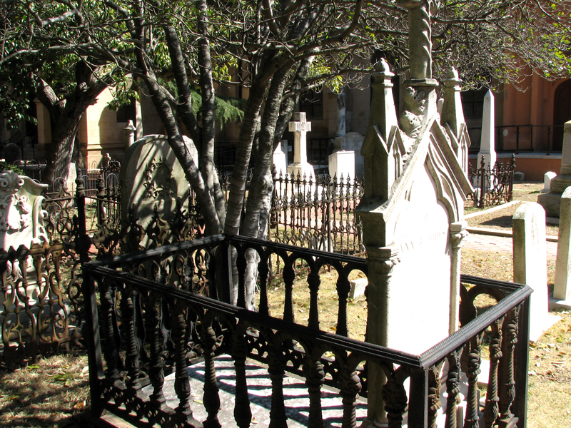 Trinity Cathedral Cemetery